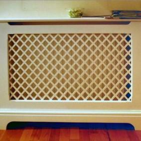Декоративный экран на батарее отопления