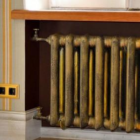Окраска батареи отопления в золотистый цвет