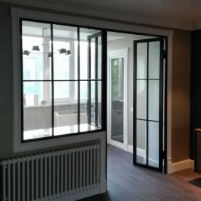 Французские окна на балконном блоке