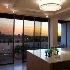 Панорамное остекление гостиной комнаты