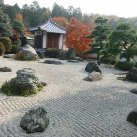 Камни в ландшафтном дизайне сада японского стиля