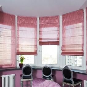 Римские шторы розового оттенка