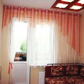 Тюлевые шторы с креплением на люверсах