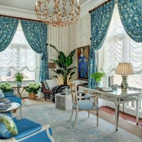 Красивая гостиная в эклектическом стиле интерьера