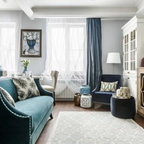 Уютная гостиная с мягкой мебелью