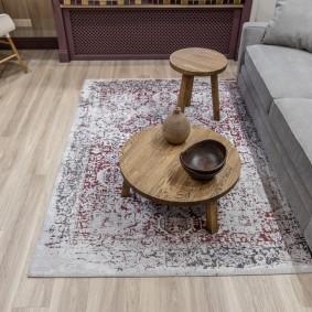 Журнальный столик из массива дерева