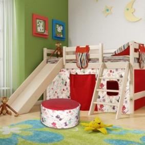 Дизайн детской спальни с игровой мебелью