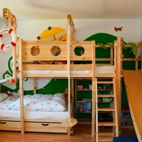 Двухъярусная кровать в двухкомнатной квартире