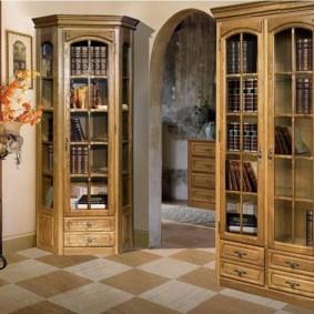Узкие шкафы для книг в гостиную комнату