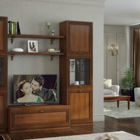 Темно-коричневая мебель в гостиной комнате
