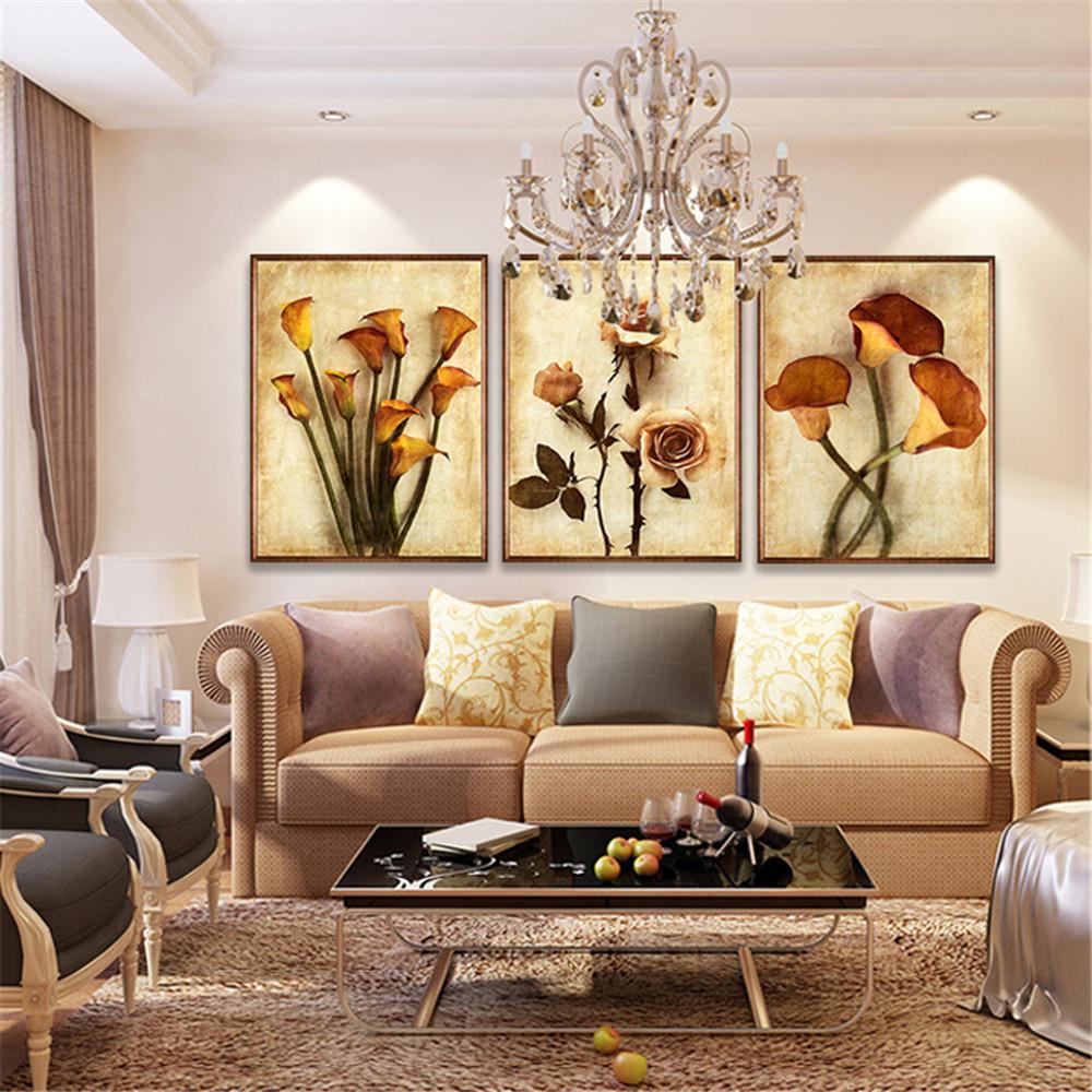 кровати картины на стену в гостиную фото когда время