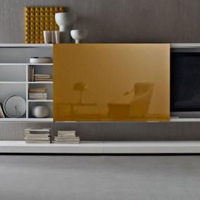 Навесной шкаф с потайным местом для телевизора