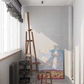 Окраска стен балкона в светлые тона