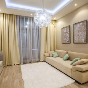 Минимум мебели в интерьере гостиной комнаты