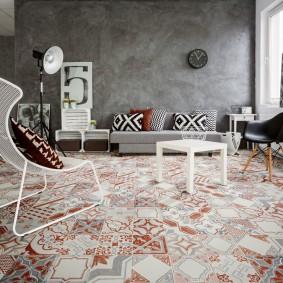 Стильная гостиная с мебелью из проволоки