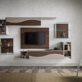 Оформление полками стены с телевизором