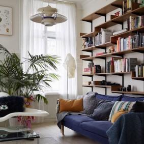 Стеллаж для хранения книг и декораций