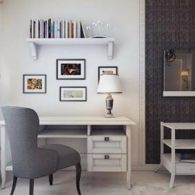 Декор фотографиями стены над столом