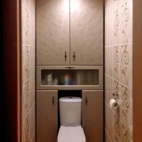 Красивые дверки на шкафах в туалете