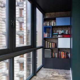 Панорамное остеклении балкона алюминиевыми рамами