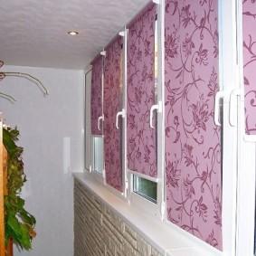 Растительный орнамент на рулонных шторах