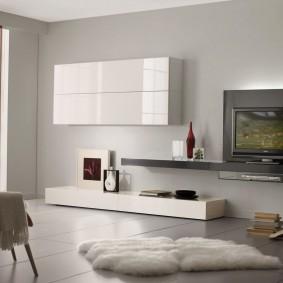Лаконичная модель современной стенки в гостиную