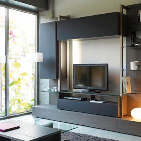 Декорирование гостиной комнаты с панорамным окном