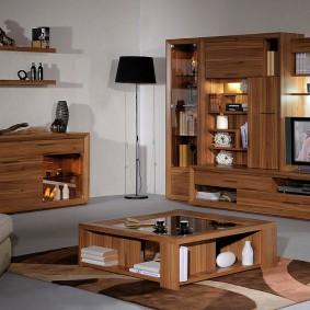 Деревянная мебель с качественной отделкой