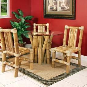 Мебель из толстого бамбука в гостиную комнату
