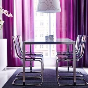 Металлические стулья лаконичного дизайна