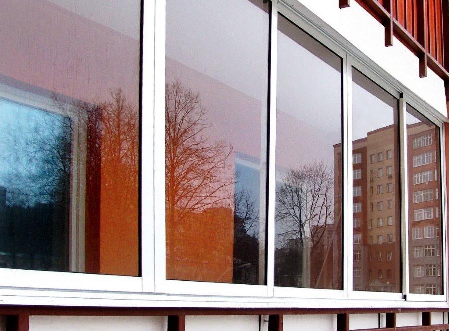 Холодное остекление балкона алюминиевой системой