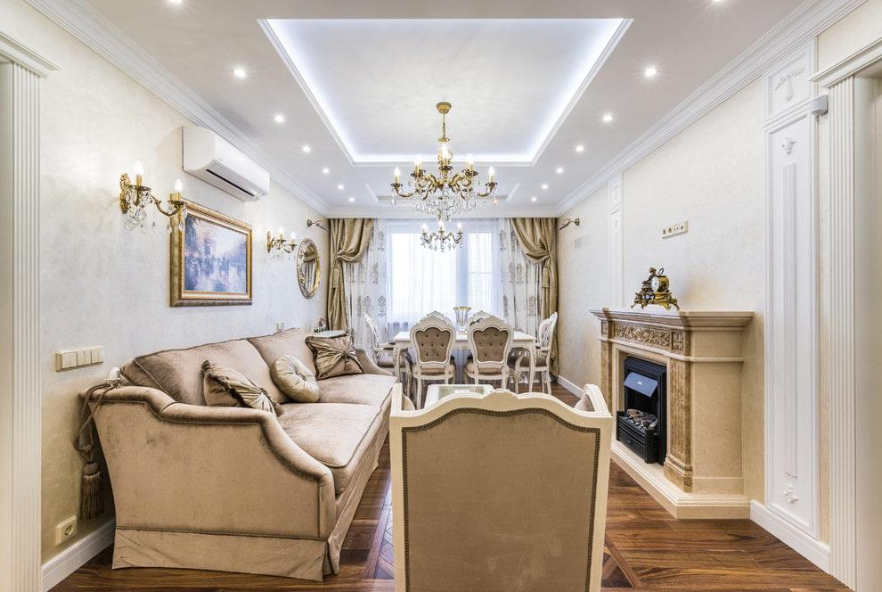 Освещение прямоугольной гостиной в классическом стиле