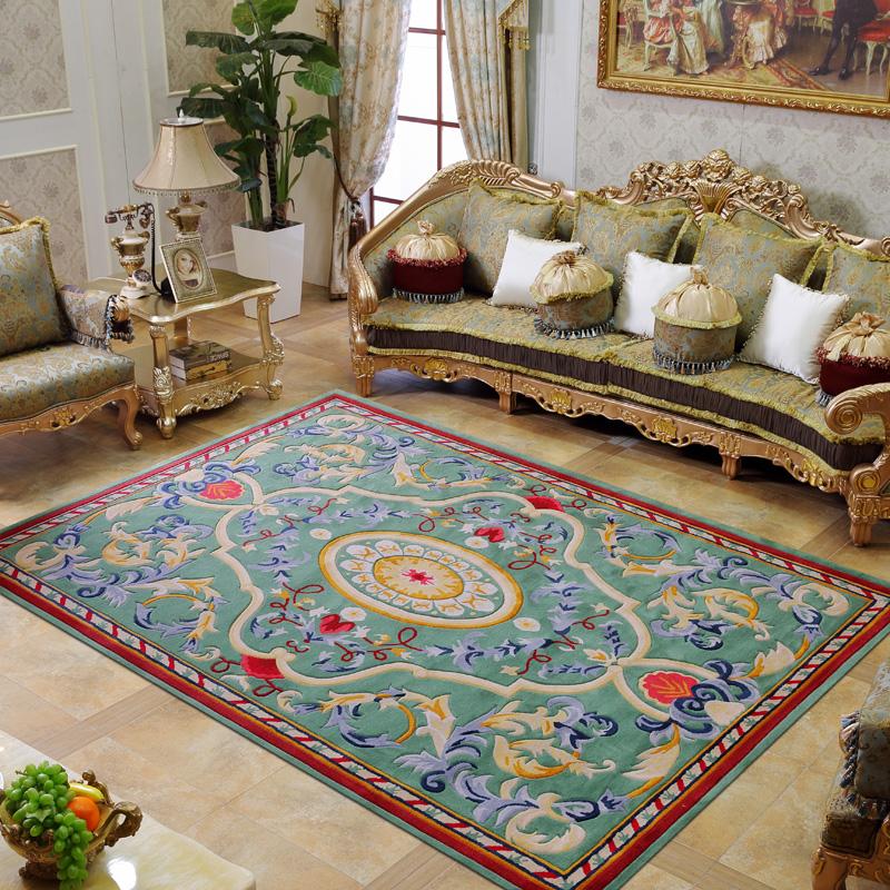 Китайский коврик в интерьере гостиной комнаты