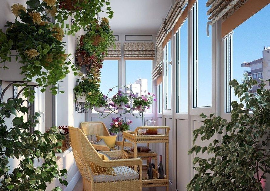 Простая мебель в зимнем саду на балконе