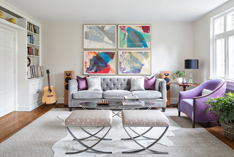 Модульные картины в гостиной стиля фьюжн