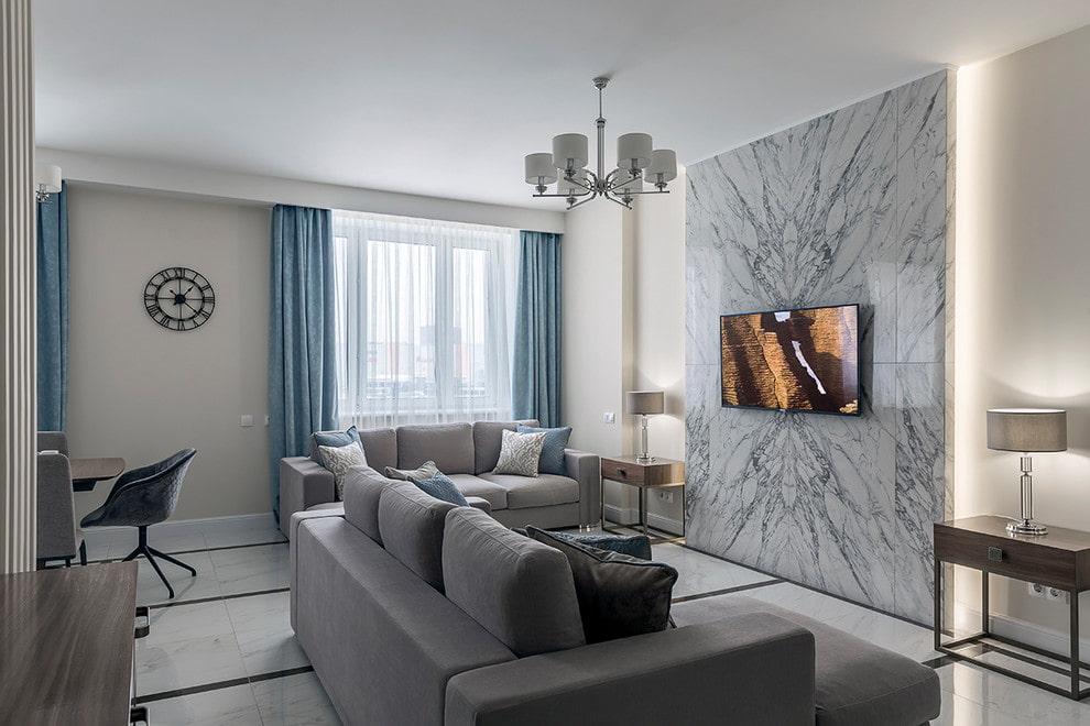 Отделка гостиной комнаты керамической плиткой
