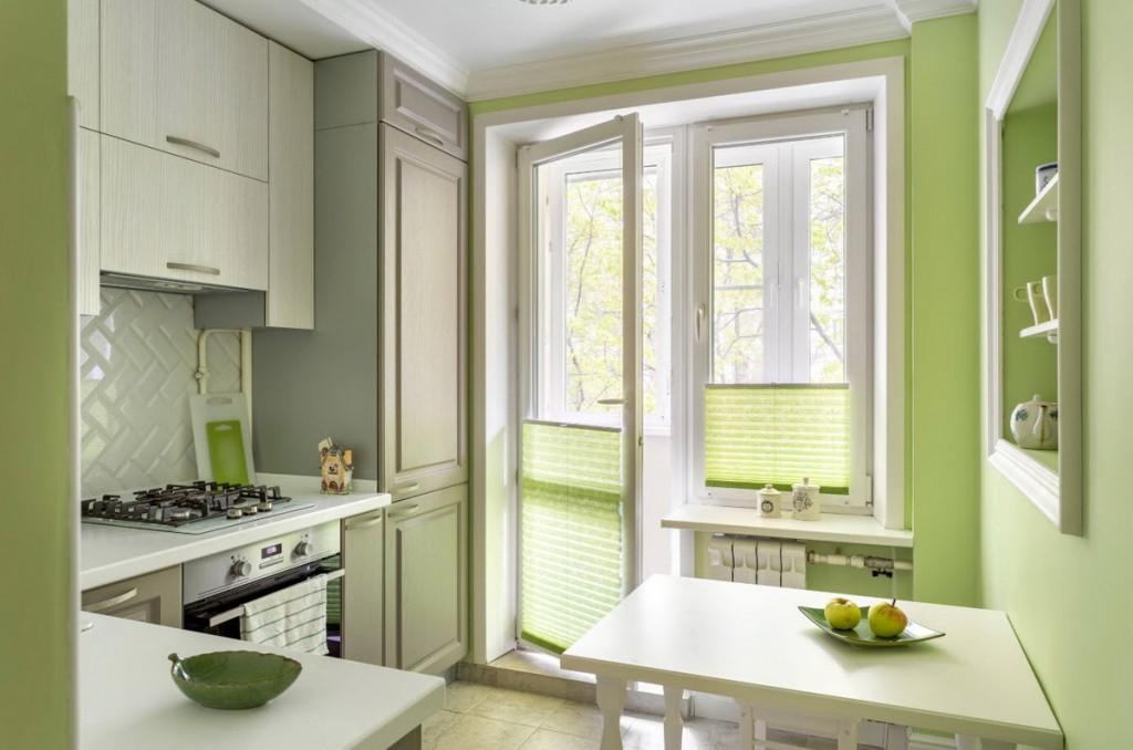 Балконная дверь из ПВХ в интерьере кухни