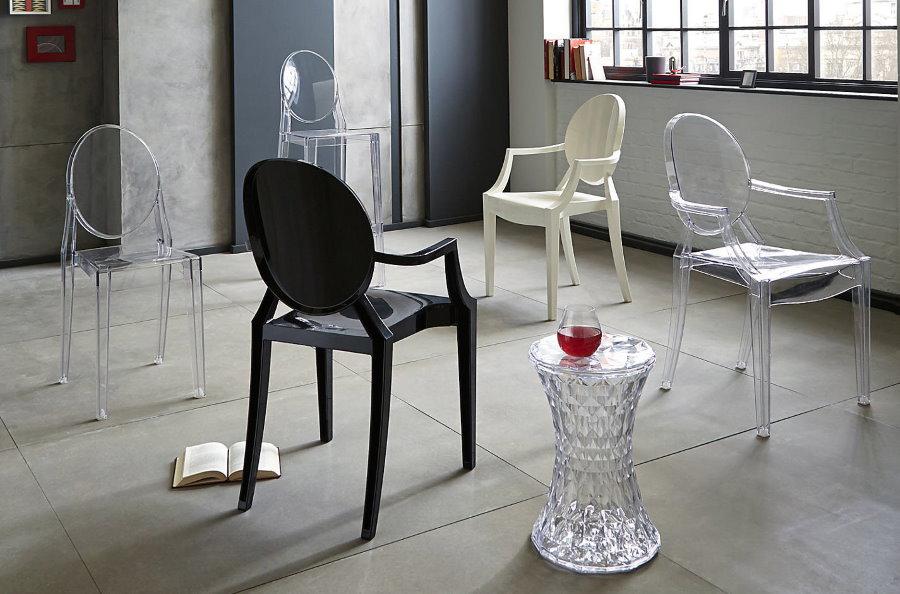 Фото пластиковых стульев для гостиной комнаты