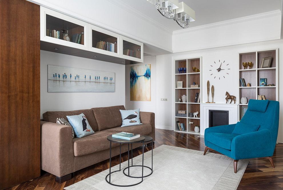 Расстановка мягкой мебели в гостиной небольшого размера