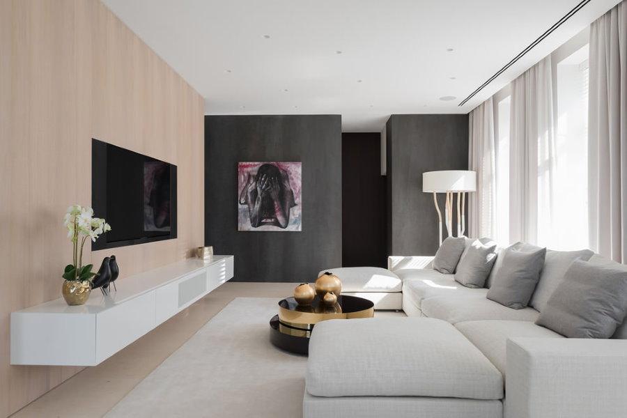 Комбинирование обоев в зале современного стиля
