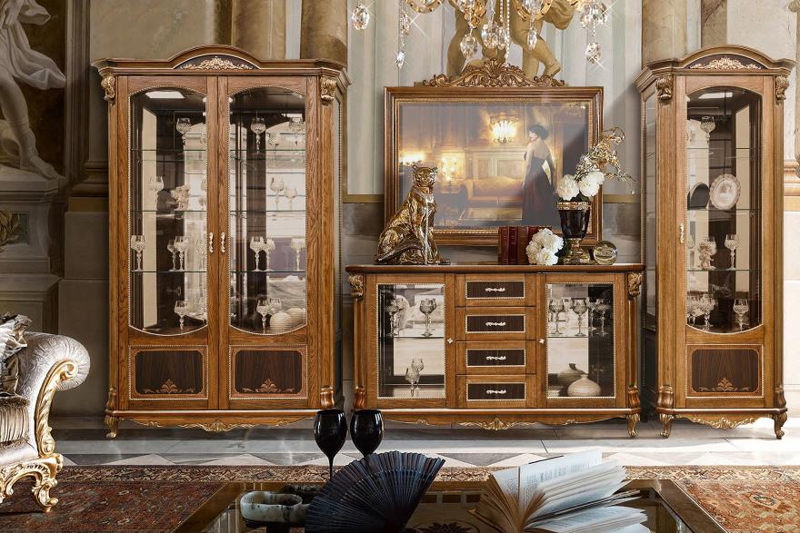 Дорогая мебель из бука в гостиной классического стиля