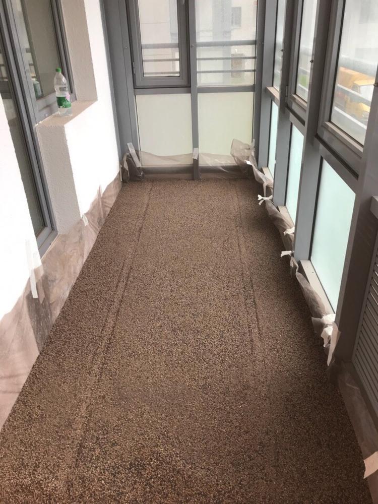Укладка сухой стяжки под керамическую плитку на балконе