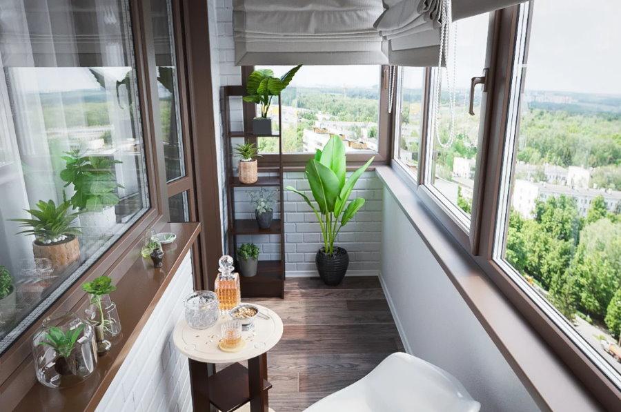 Интерьер балкона с теплым остеклением