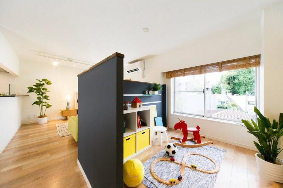 Зонирование квартиры-студии для семьи с ребенком