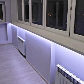 Светодиодная подсаветка в интерьере балкона