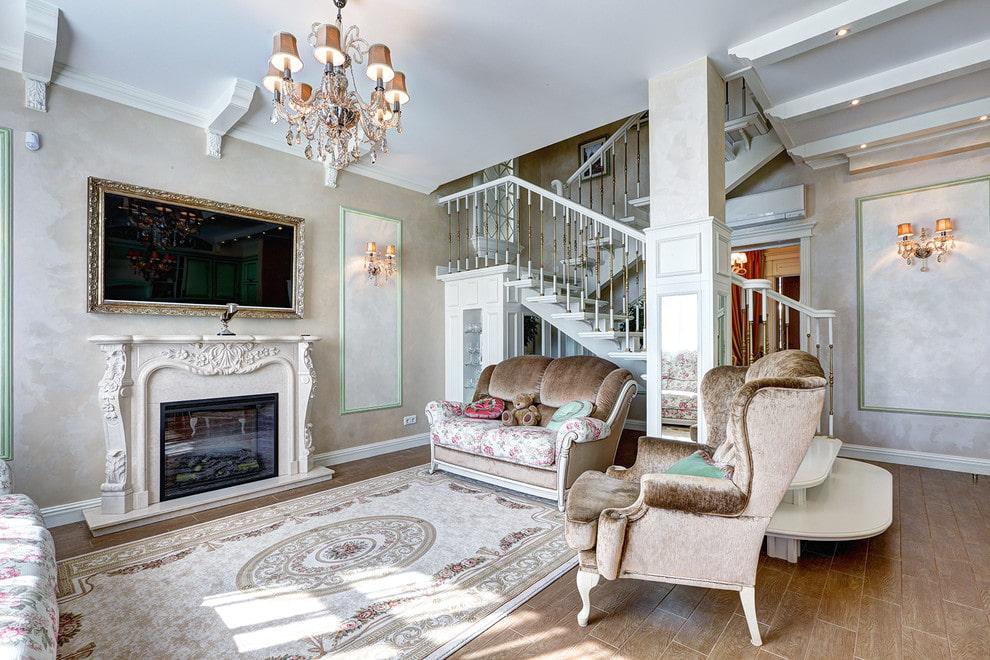 Декор электрического камина в гостиной стиля классика