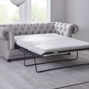 Классическая модель раскладного дивана