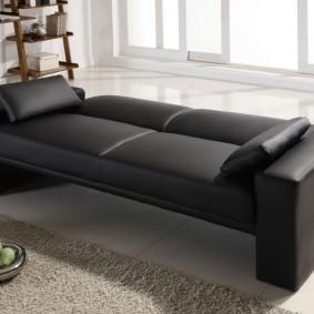 Узкая модель прямого дивана раскладного типа