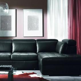 Стильный угловой диван черного цвета