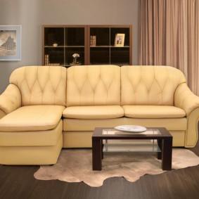 Компактная модель раскладного дивана
